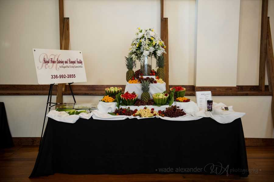 Royal House Catering and Banquet Facility was available to give out taste testing of their catered foods for all the guests wedding parties and wedding reception needs.