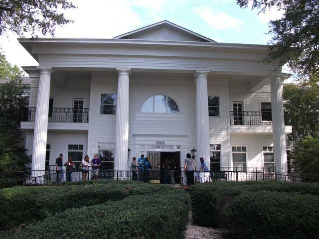 "Magnolia Manor could be a great place for the ""Sweet Alabama"" movie themed wedding or ""Gone With The Wind."" Any movie theme that needs an old southern home look could be pulled off here."