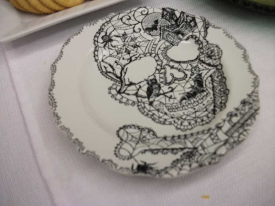 These plates would work great for the wedding parties if their are a limited amount of guests. Maybe for the bachelorette party.(Decorations by Ted Nichols, Jr.)