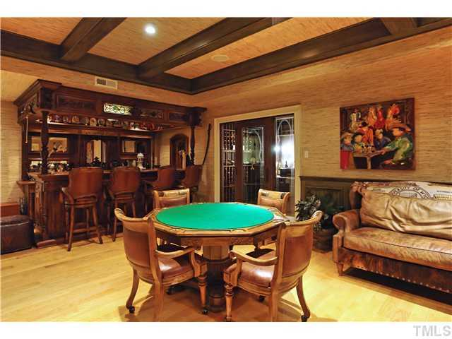 Billard Room with Bar