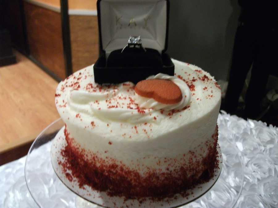 This Valentine's Day cake would make a great way to surprise your girlfriend with the ring. Bring it out after dinner, then ask the big question. (E'MAGINE WEDDINGS AND EVENTS)