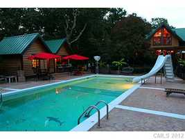 Swimming Pool with Pool House and Cabana