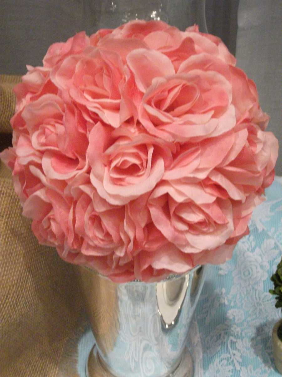 A&J Rental had these beautiful flowers in a vase that would go great on a reception table.