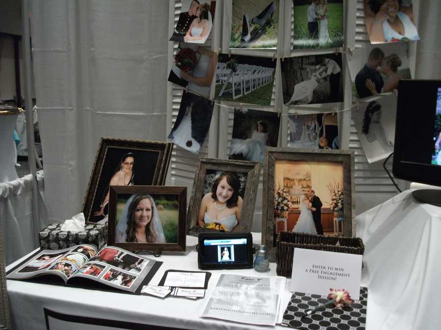 Kari V Photography discussed styles of shots and types for the engagement and/or wedding ceremony and reception with several bridal show guests. (facebook page)
