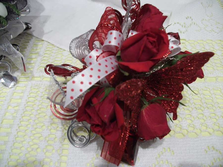 Innovative Occasions made these to use for the bridesmaids and mothers of the bride. This one would be great for a Valentine's Day/Romance themed wedding.