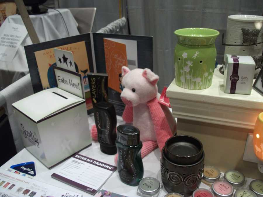 Scentsy had some nice gifts that could be used as favors at the wedding reception.