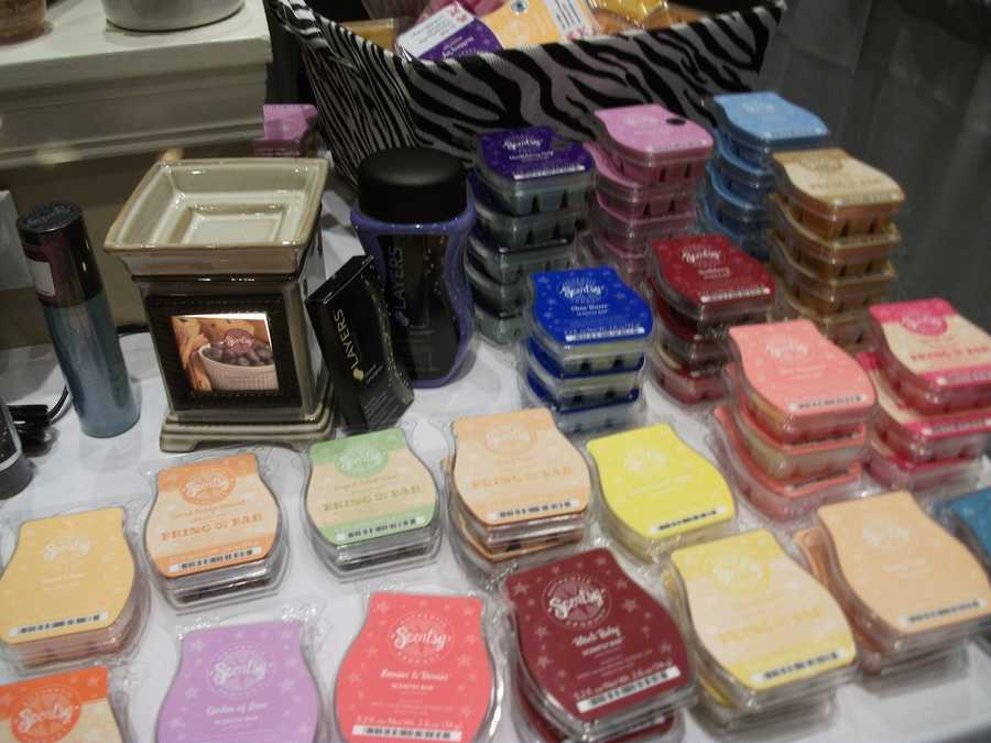 So many flavors (scents) to choose from for a gift. Scentsy
