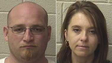 Timothy Mounts, left, and Kimberly Setzer, right (Alexander County Sheriff's Office)