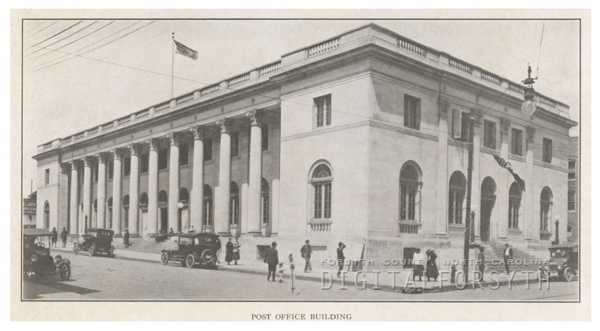 Post Office Building on West Fifth Street, 1918. Liberty Street is at right.Courtesy of Forsyth County Public Library Photograph Collection.
