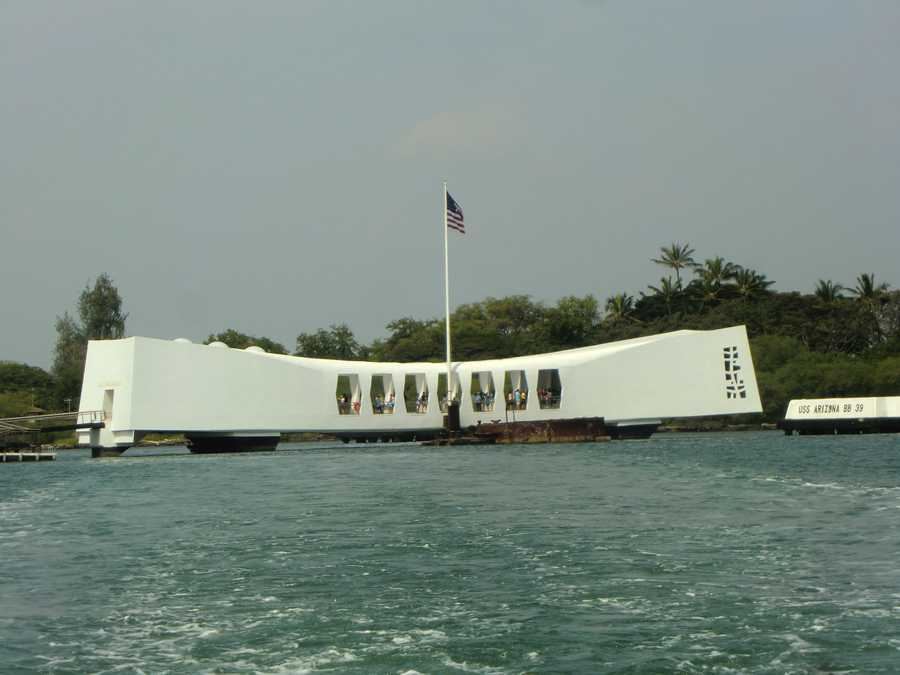 The 184-foot-long Memorial structure spans the mid-portion of the sunken battleship and consists of three main sections: the entry room&#x3B; the assembly room, a central area designed for ceremonies and general observation&#x3B; and the shrine room, where the names of those killed on the Arizona are engraved on the marble wall.