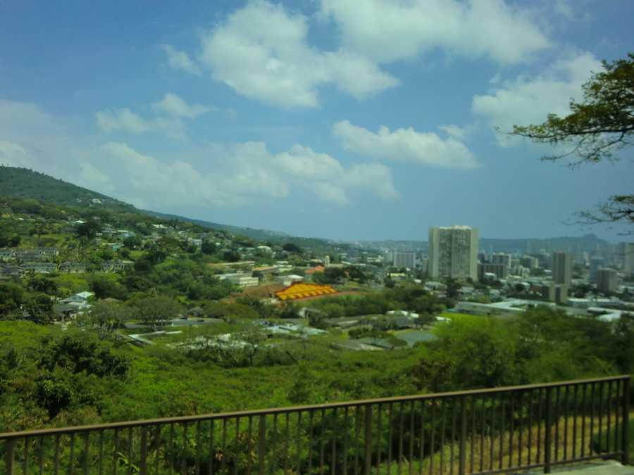 Beautiful mountain shots of Honolulu's skyline.