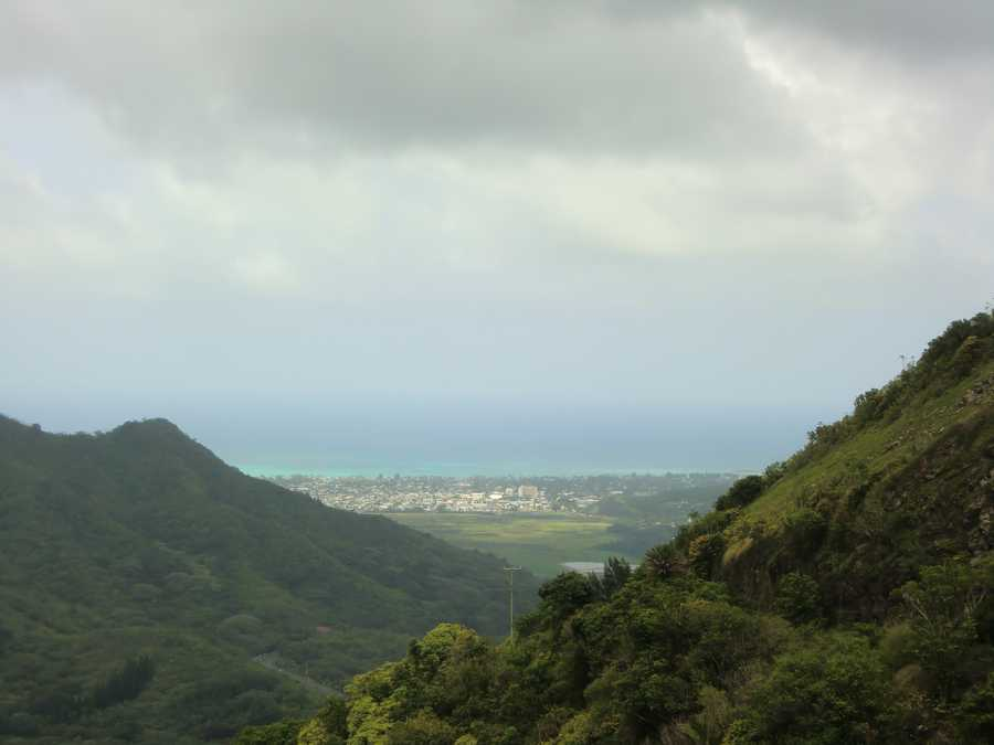 You can take an adventure tour and follow in the footsteps of the soldiers who fought in the Battle of Nuuanu.