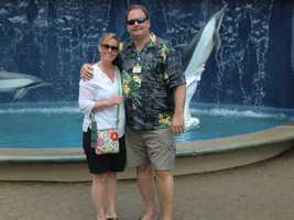 Nice shot of AC and Angela in front of the Maui Ocean Center.