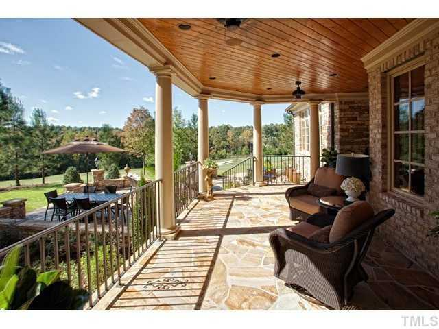 Covered Patio overlooks the golf course