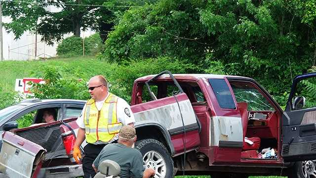 Multi-vehicle crash on US 52 and Bluemont Road in Mount Airy