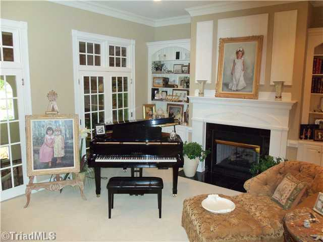 Music Room/Sitting Area
