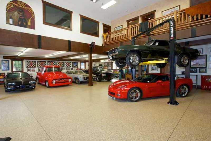 Custom Showroom Garage that can store 8 cars, an RV and a Boat