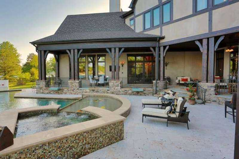 Patio/Outdoor Entertaining