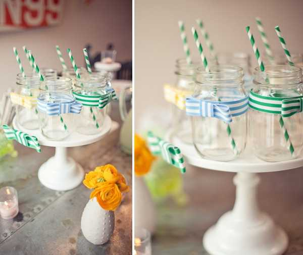 Click here to see more ideas with mason jars. You can even put bows and bow ties on mason jars for candle lighting, flower vases and even for guest favors.