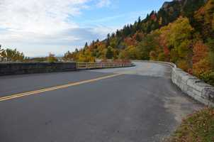 Blue Ridge Parkway, leading onto the Linn Cove Viaduct