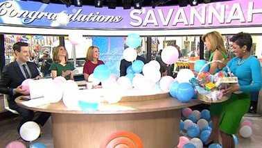 Savannah Guthrie announces marriage, pregnancy