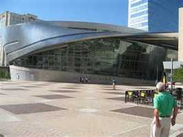 Racing fans: Visit the NASCAR Hall of Fame in Charlotte!