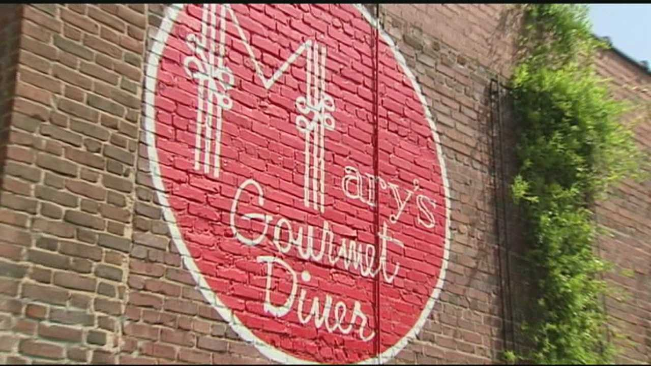 Mary's Gourmet Diner in Winston-Salem is in the middle of the controversy after giving a prayer discount to some customers&#x3B; David Jeannot reports.