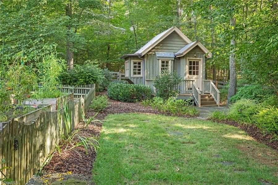 Garden Shed or Cottage