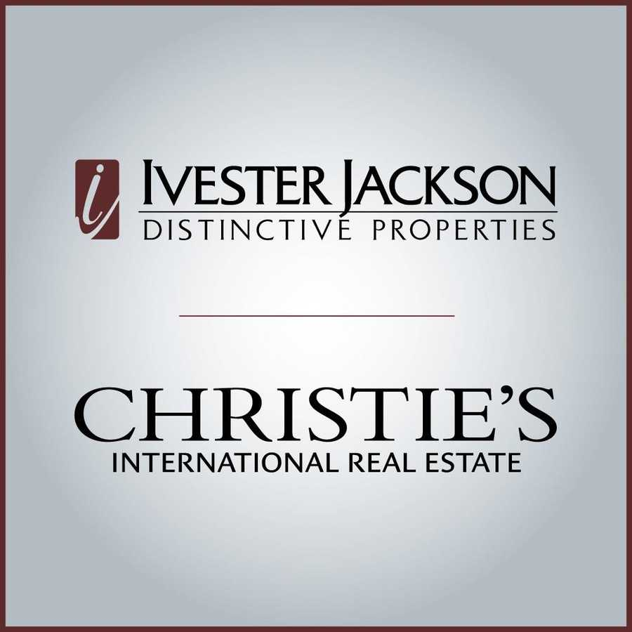 For more information on this Charlotte estate contact Agent Eric Zientek with Ivester Jackson Distinctive Properties at 704-840-4785­