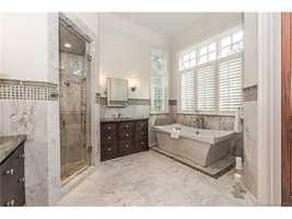 Junior Master Bathroom Suite