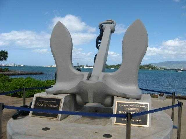 See the size of the U.S.S. Arizona anchor.