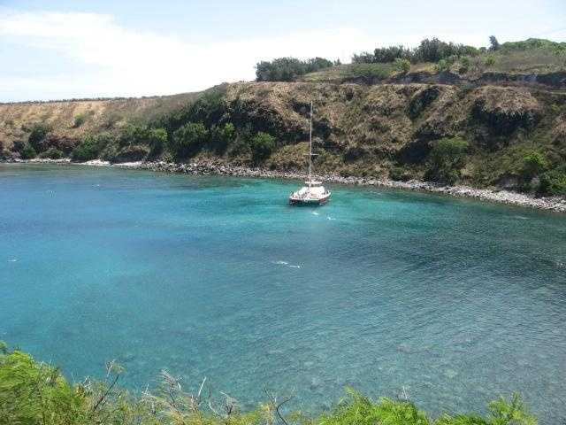 Some coves are great for Snorkeling and finding peace on the Island for honeymooners.