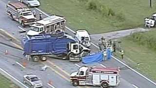 fatal wreck on Highway 25