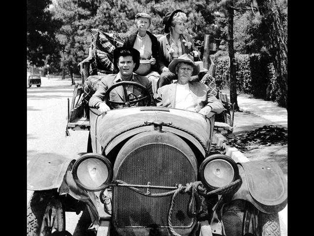 """The Beverly Hillbillies"" ran on CBS from 1962 to 1971."