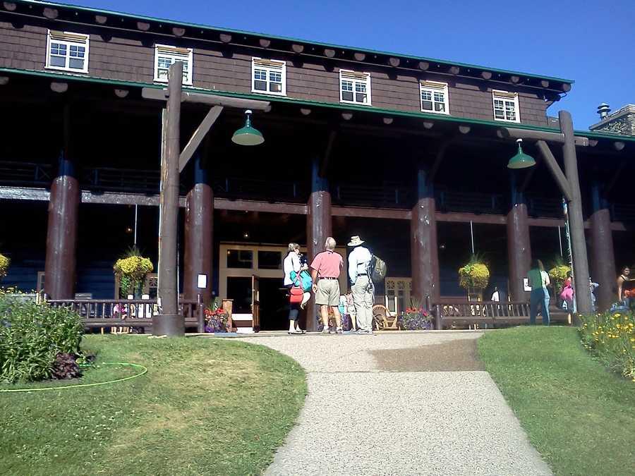 Beautiful Glacier Park Lodge