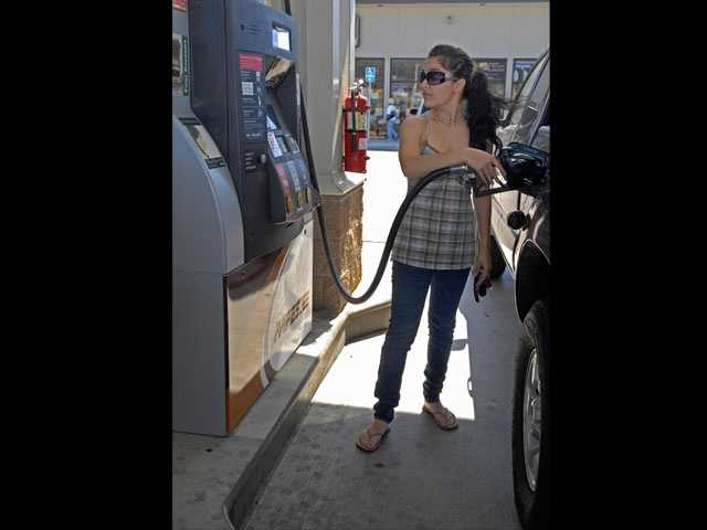 The best days to buy gas are Wednesday and Thursday.