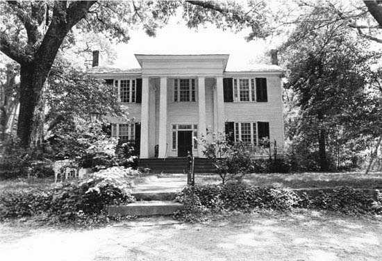 "Williams-Earle House (Holly Hill&#x3B; Ivy Lawn), Greenville County at 319 Grove Road in Greenville County, Greenville, is believed to have been completed about 1850, while the rear portion of the house was begun about 1820. Dr. Thomas Williams, who is believed to have constructed the house, moved to Greenville as a child and became a prominent Greenville physician who also served the Greenville District in the state legislature. Williams called his plantation on Brushy Creek ""Ivy Lawn."" In 1880, Richard Harrison Earle, a farmer, landowner and grandson of Col. Elias Earle, a founder of Greenville, acquired the property."