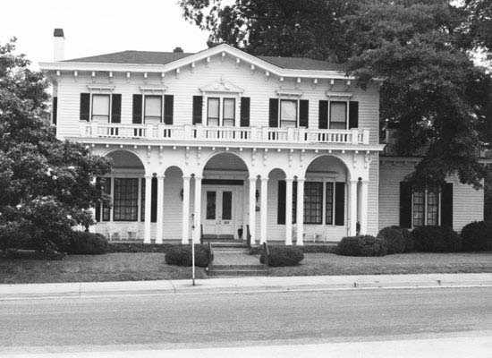 The Fountain Fox Beattie House (Greenville Woman's Club), 1 Beattie Place, Greenville, was built by Fountain Fox Beattie, a Greenville attorney, in 1834 for his bride, Emily Hamlin of Charleston. This large Italianate home was the center of social, cultural, and religious life of early Greenville. It was occupied by Beattie descendants until 1940. Now used as the Greenville Woman's Club, it is the third oldest structure remaining in Greenville.