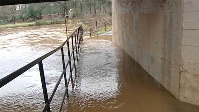 Heavy rain causes flooding in the Upstate