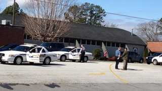 Deputies investigate bomb threat at Keowee Elementary