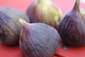 Eat figs: People over 55 who eat a potassium-rich diet lower their risk of dying of any cause during the next five years, according to RealAge. Six large, fresh figs supply a whopping 891 milligrams of potassium, and can help your body regulate your blood pressure, fending off strokes and heart disease.