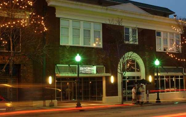 Rick Erwin's West End Grille (Steakhouse)