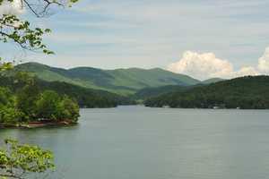 The estate has a 270-degree mountain/lake view.