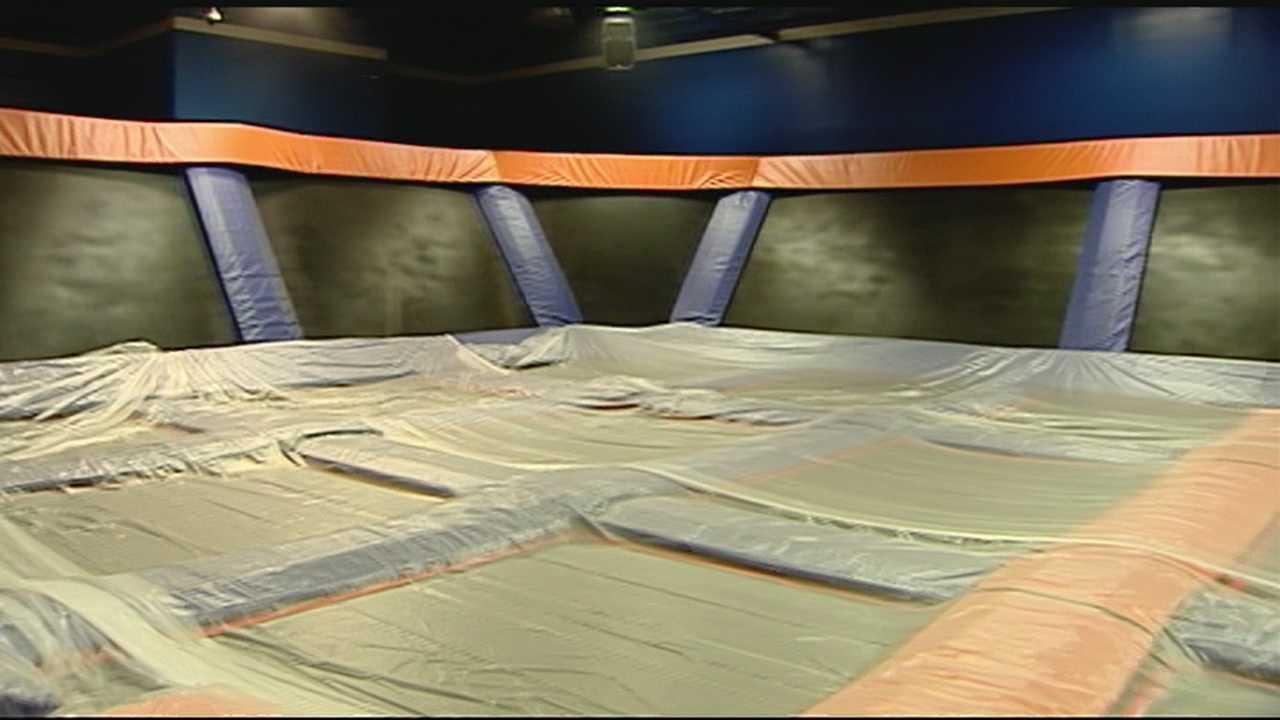 img-SkyZone Indoor Trampoline Park in Greenville is hiring 6P H