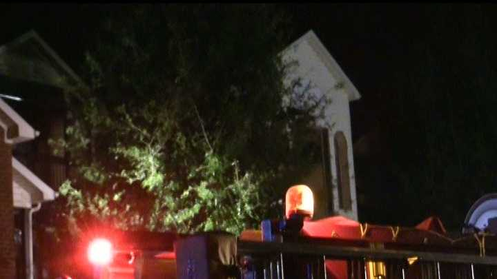 The early morning fire led to an evacuation at the Anderson County condominium complex.
