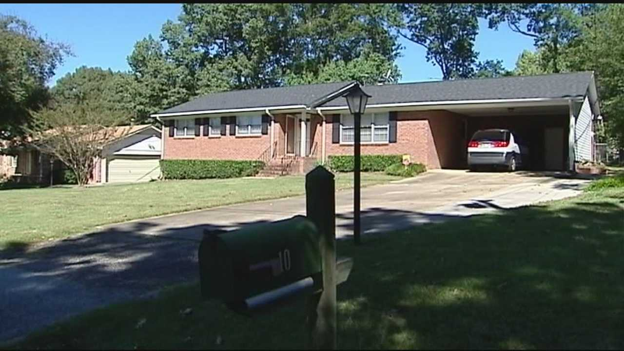 img-Couple married over 40 years found dead in Taylors