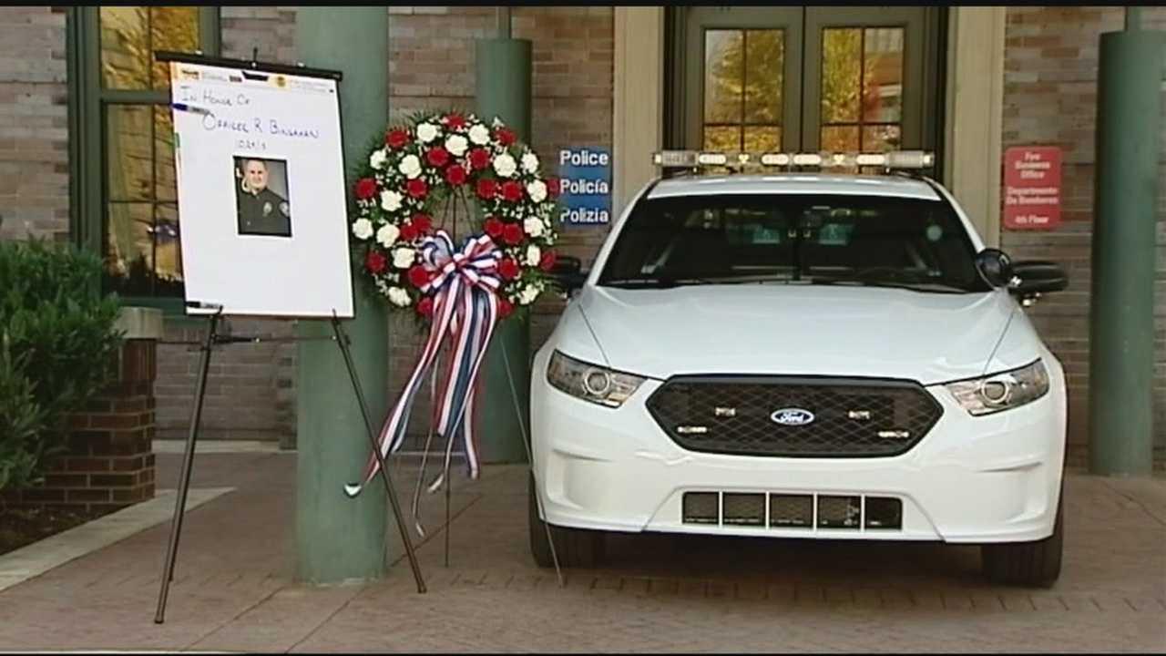 Asheville mourns for fallen police officer