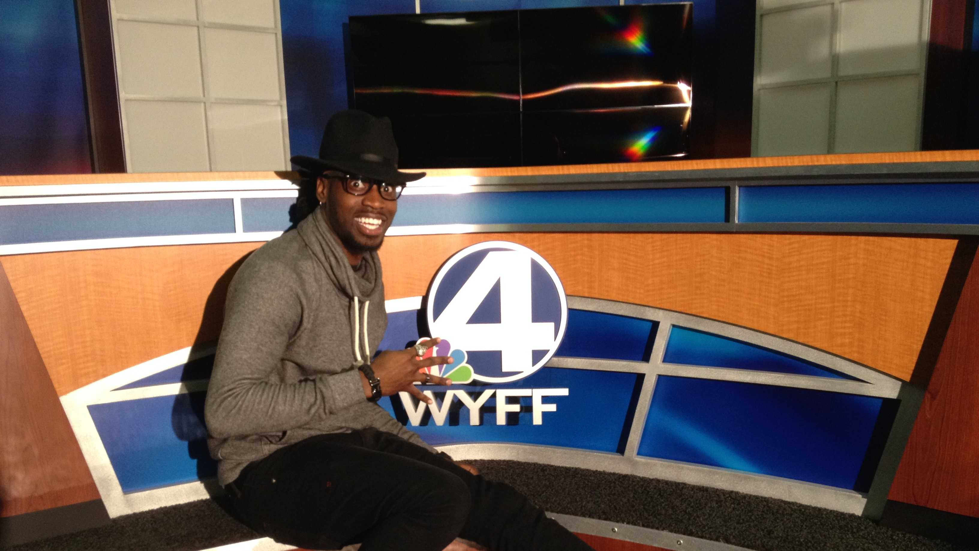 Upstate native Delvin Choice, a contestant on the NBC hit show 'The Voice', stopped by WYFF News 4.
