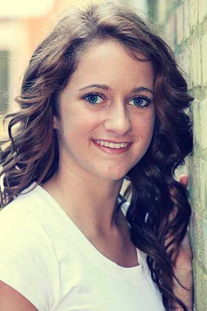 Miss Apple Blossom Teen, Ashley Avore