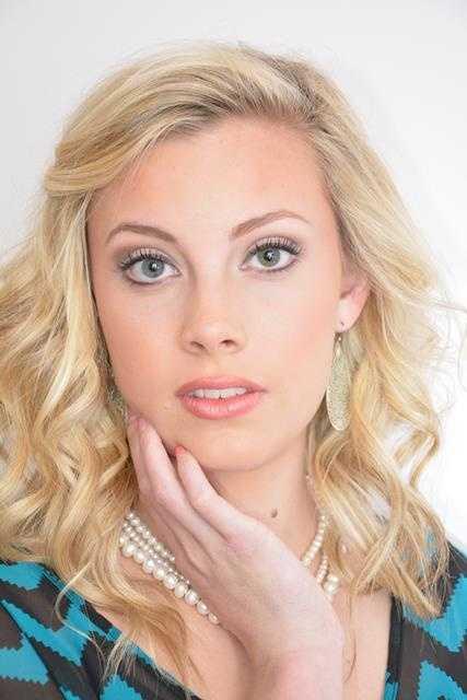 Miss Hartsville Teen - Vanna Sams